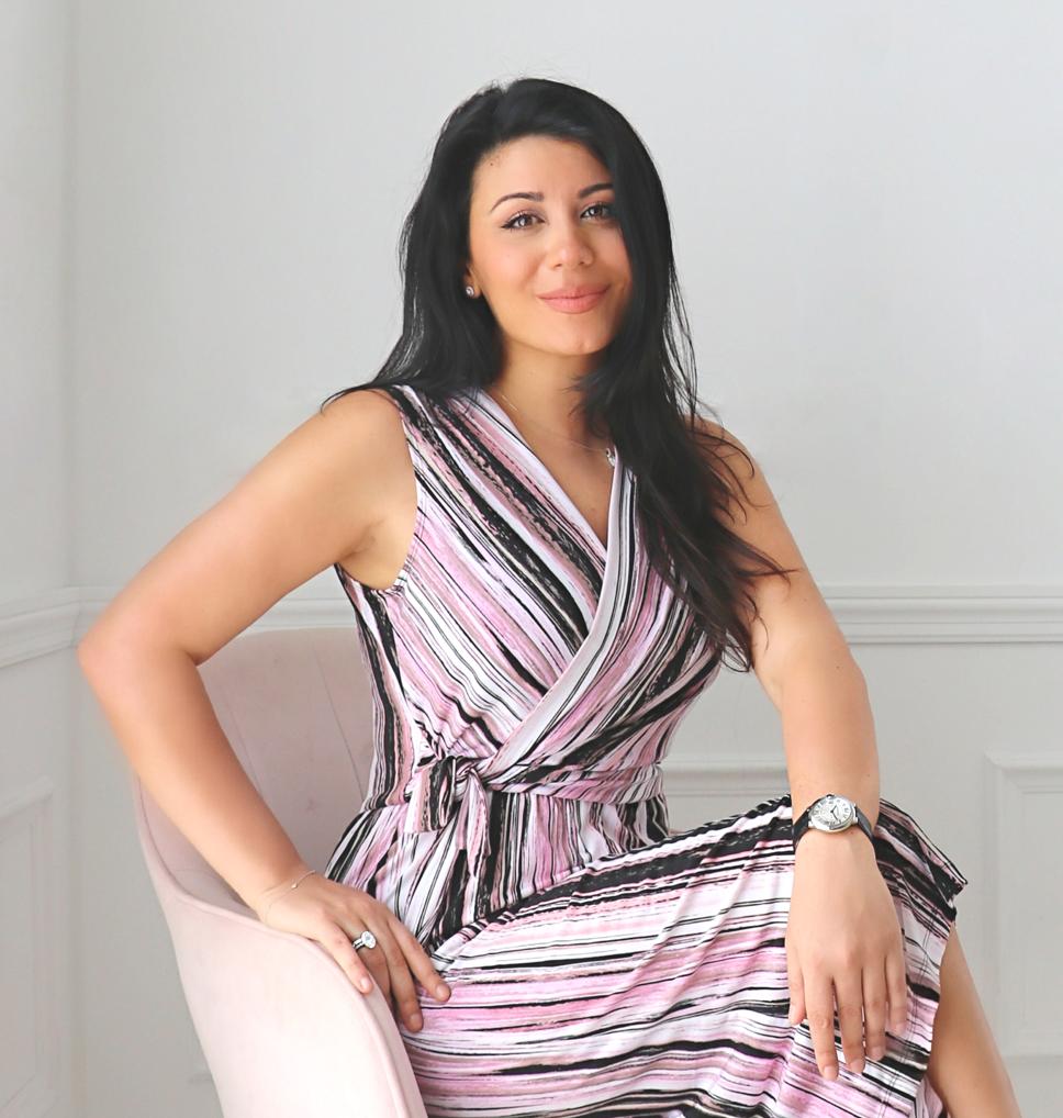 """"""" Foto de Céline Toma, CEO e Web Designer da Gallant Avenue."""""""