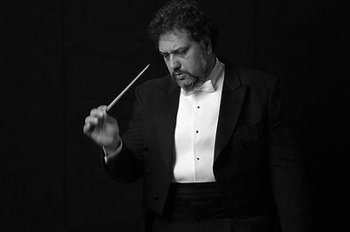 Çukurova Devlet Senfoni Orkestrası Şefi ve Sanat Yönetmeni