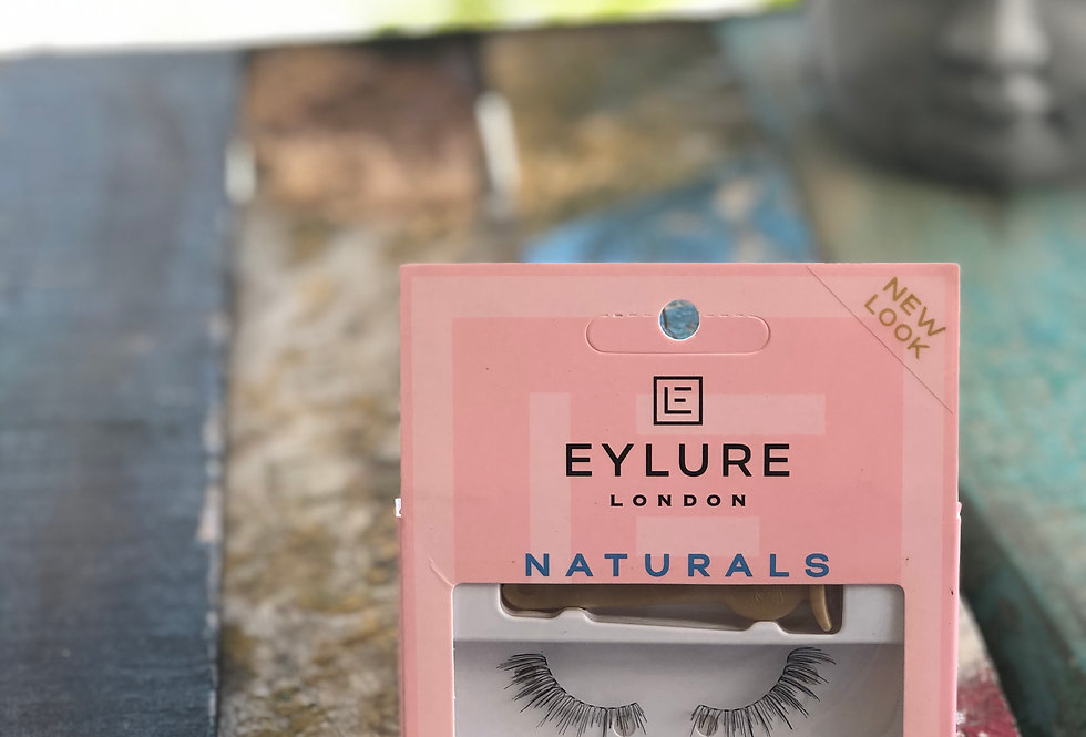 003 Eylure Naturals - Single pack