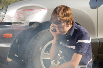 قيادة المراهقين تصبح أكثر أماناً خلال الشهور التي تلي حادث السير