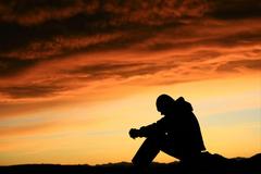 الفرق بين الانكار وعدم الايمان