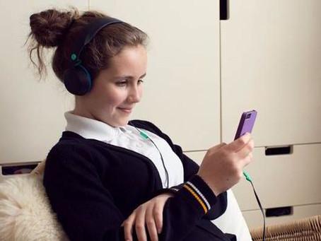 خطورة ادمان الهاتف المحمول للمراهقين