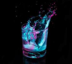 العلاج بالماء المغناطيسي