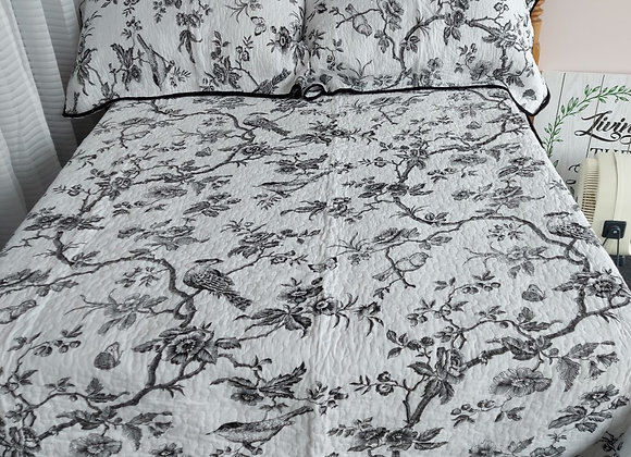 King Quilt/2 Shams-Toile