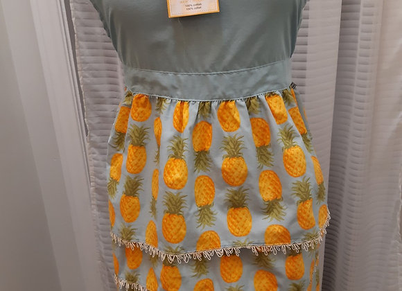 Apron-Pineapple design