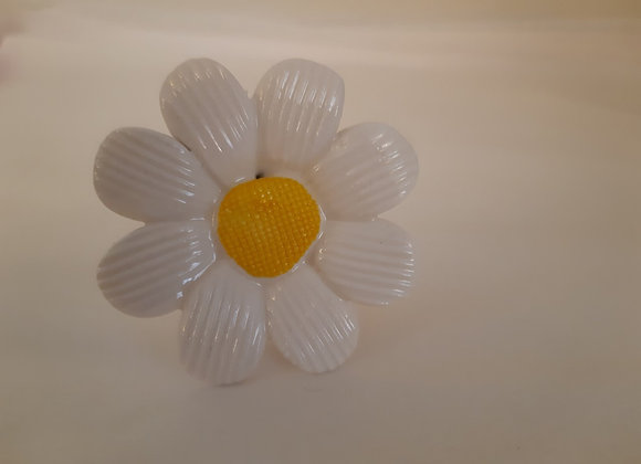 Porcelain Daisy Knob