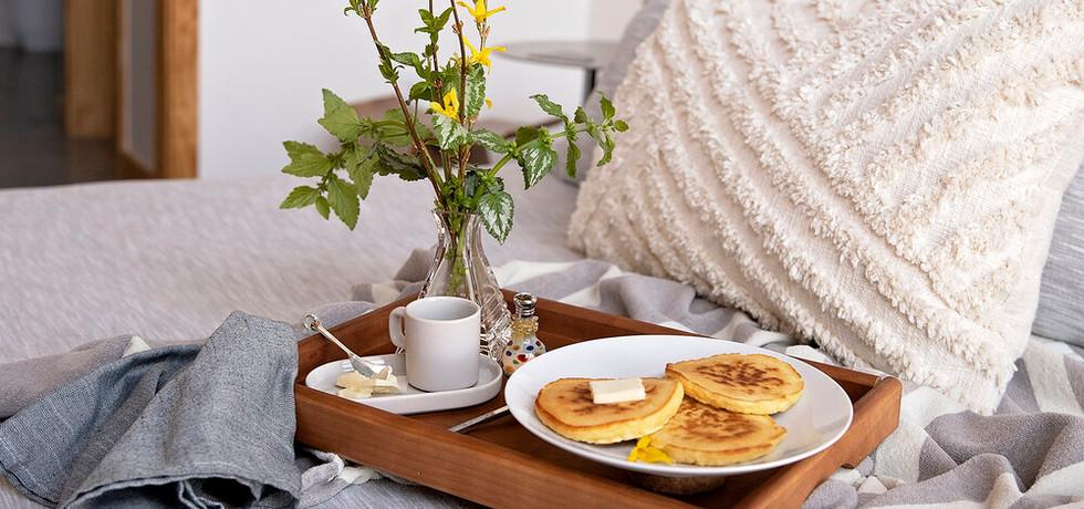 breakfast+in+bed+2+web.jpg