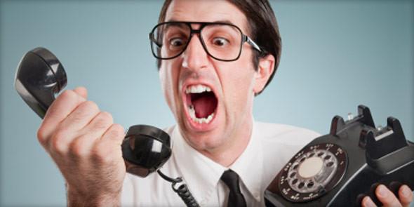 Guy-yelling-at-phone.jpg