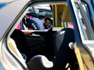 Cómo reforzar la seguridad del niño en el auto