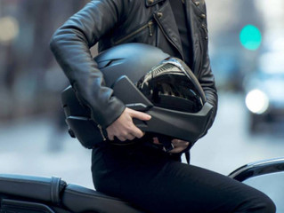 ¿Sabes que tu casco de moto tiene caducidad?