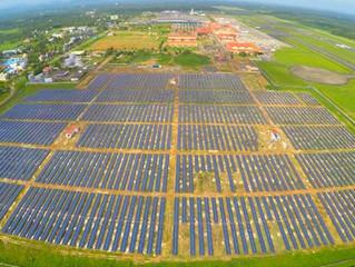 El primer aeropuerto solar