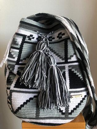 Grey & White Wayuu bag