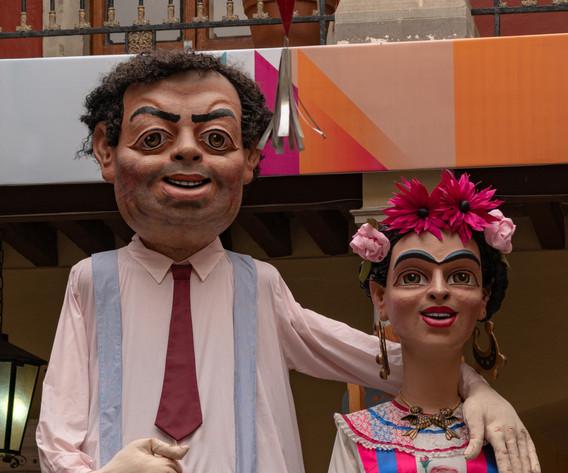 Contrata personajes mexicanos en Mojiganga. Para eventos masivos. Pregunta por todos los personajes con los que contamos. También podemos hacer el personaje que requieras, si el pedido se hace con anticipación.