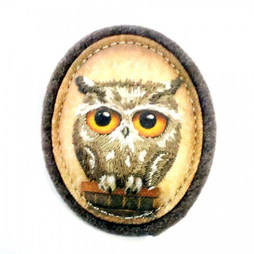 Book Owls Canvas & Wool Brooch