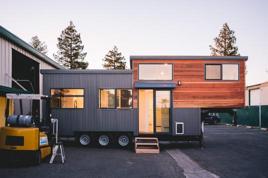 10'x28' gooseneck redwood tiny house