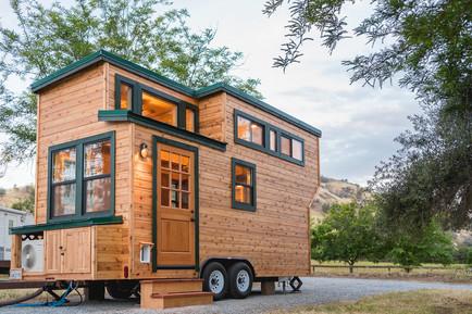 8'x18' cedar tiny house cabin