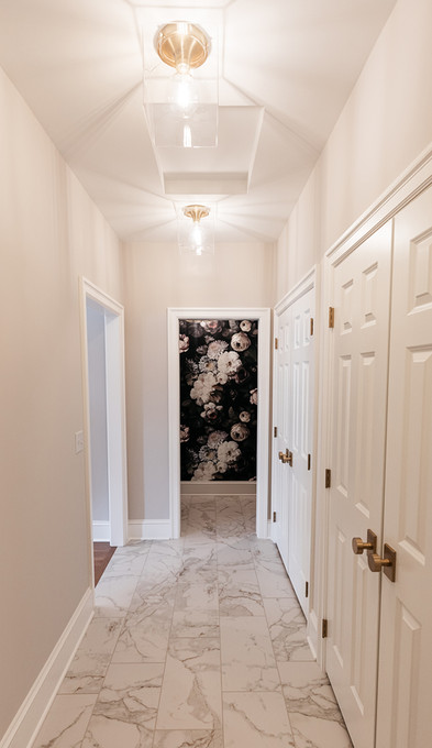 T_Waycliffe_hallway.jpg