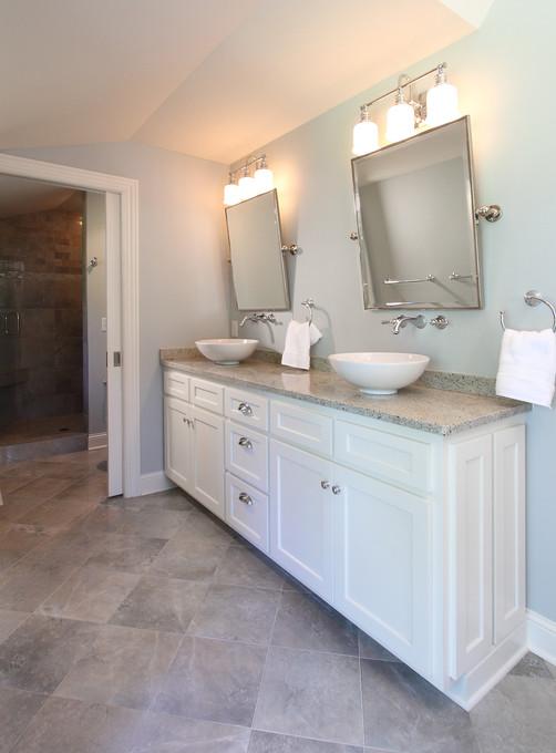 xT_4521_master bathroom vanity.jpg