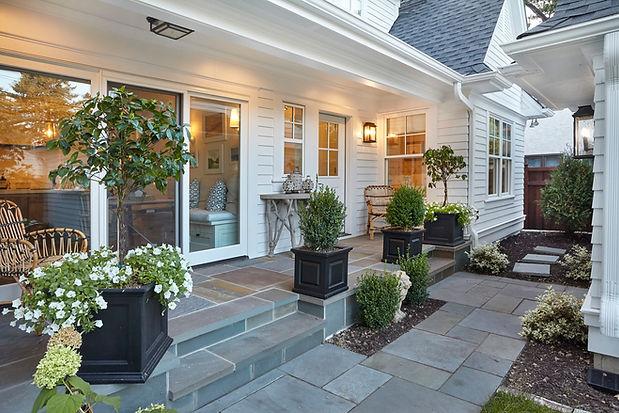 Thomas porch.jpg