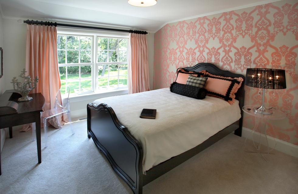 N_4517_Pink Bedroom.jpg