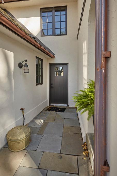 T_4632_back door area.jpg