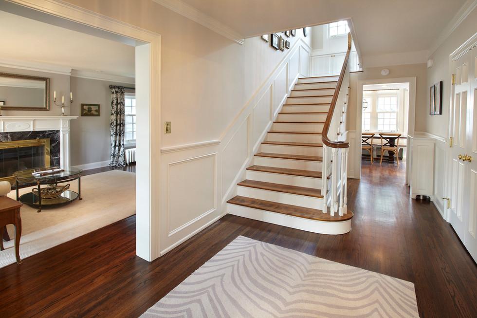 Rt_4606_staircase.jpg