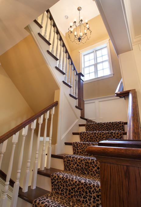 N_5500_staircase.jpg