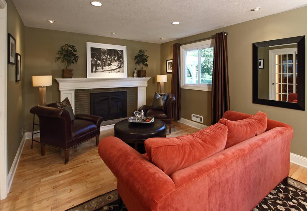 xT_4521_living room2.jpg