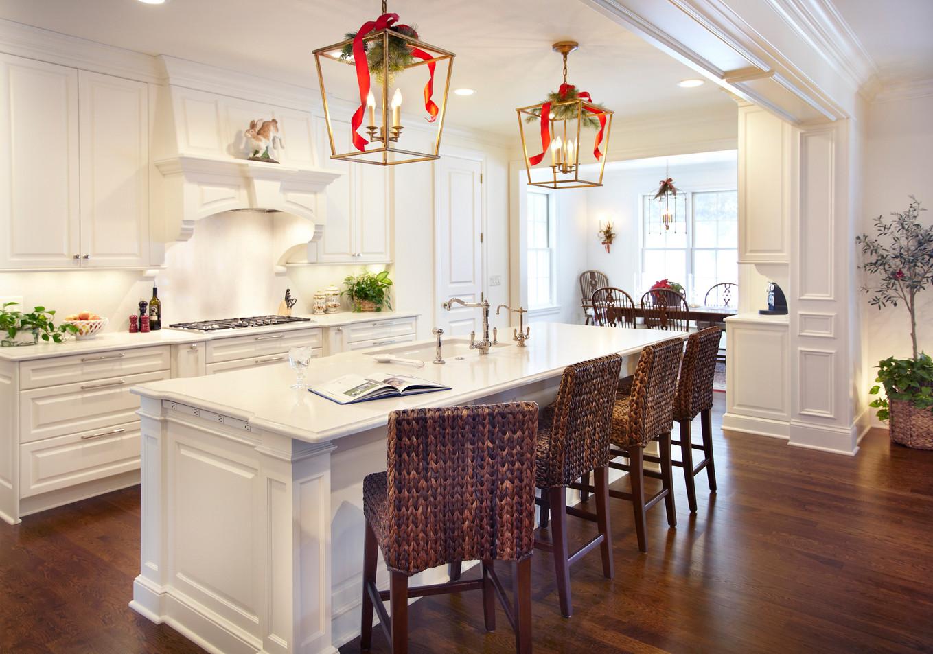N_5285_Kitchen and Bar.jpg