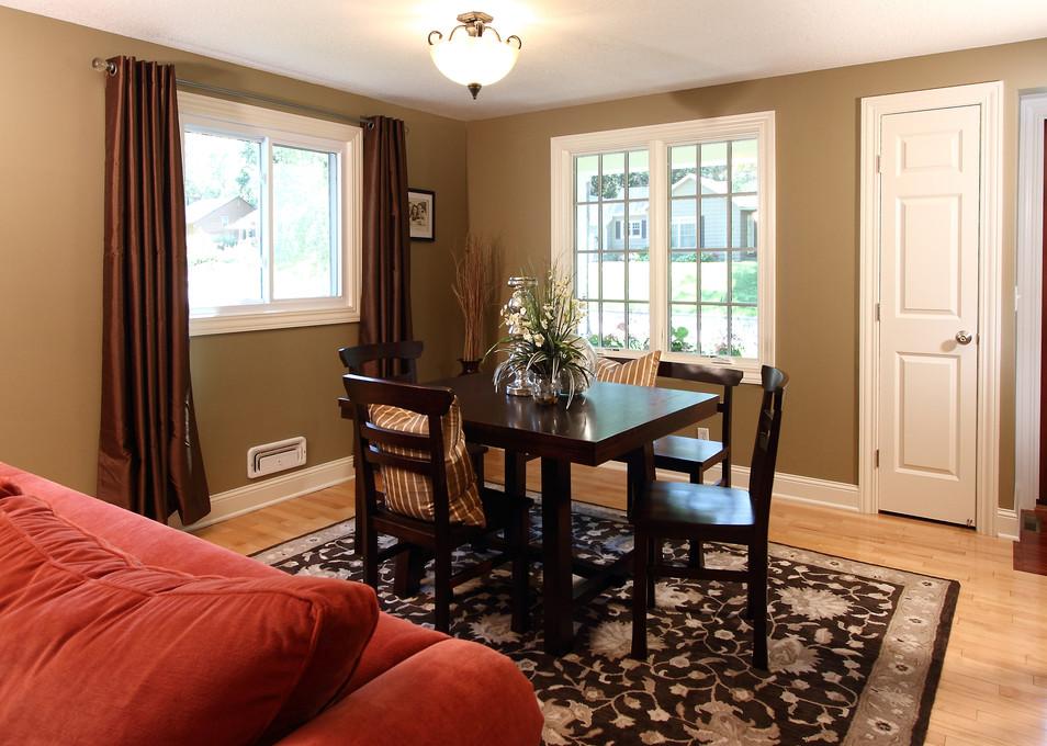 xT_4521_dining room.jpg