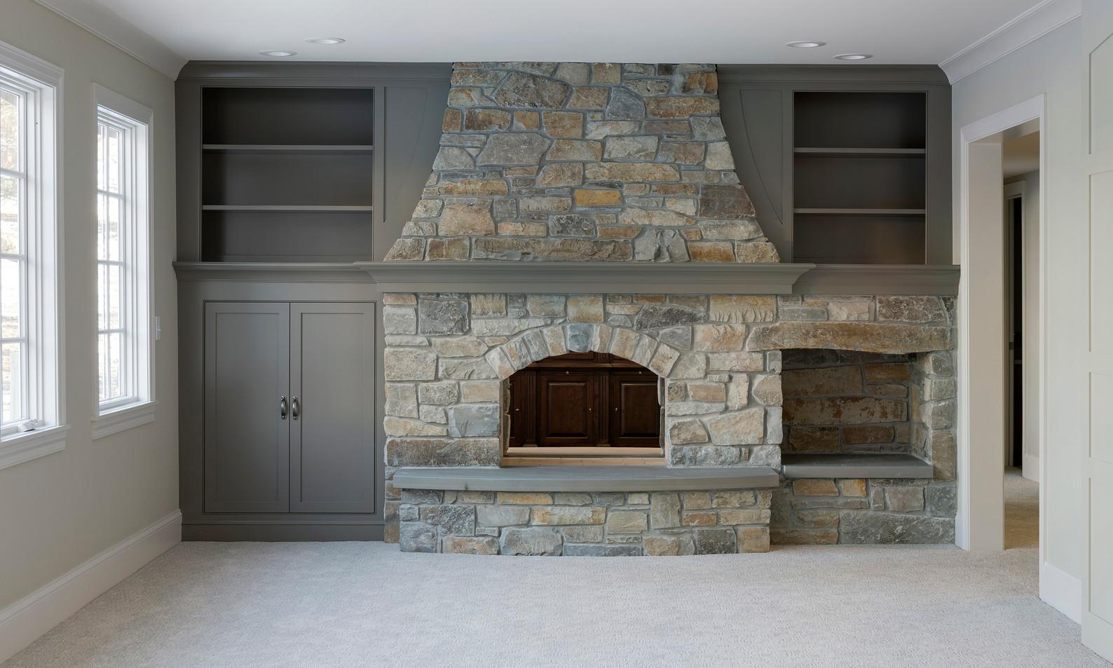 T_6804_fireplace.jpg
