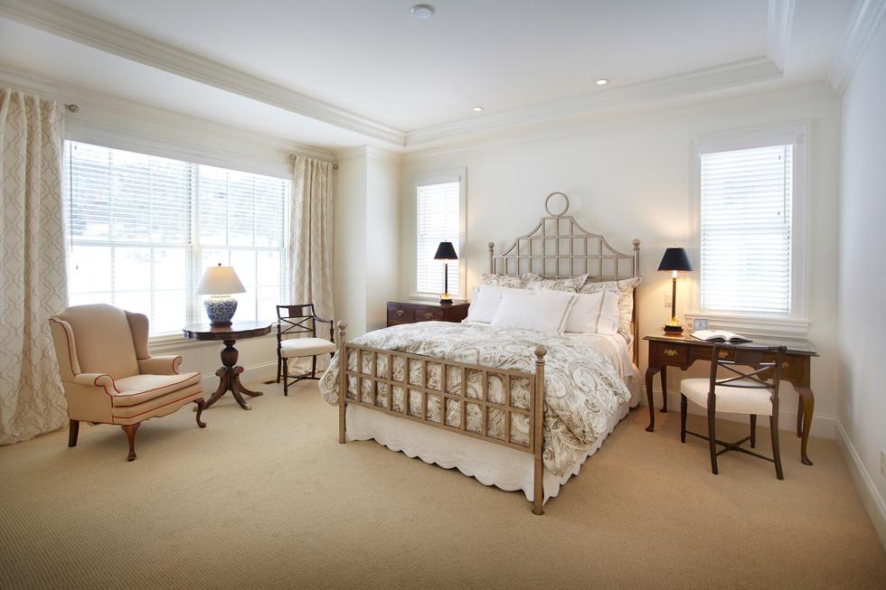 N_5285_bedroom.jpg