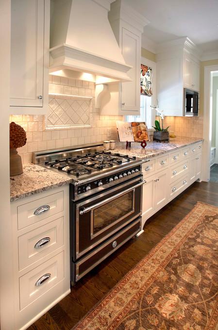 N_4517_Kitchen.jpg