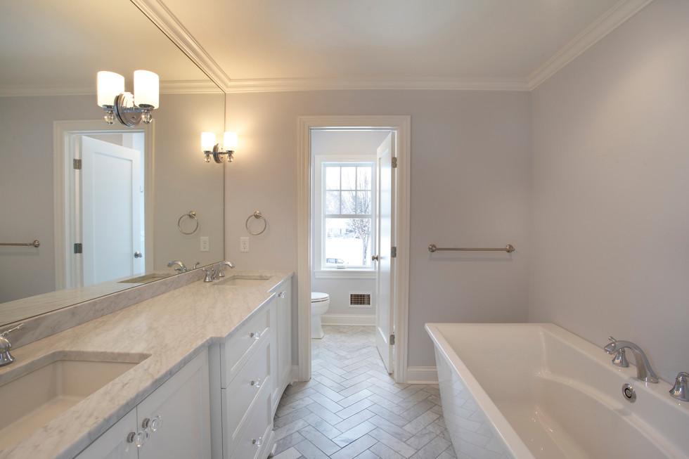 xN_4524_Bath.jpg