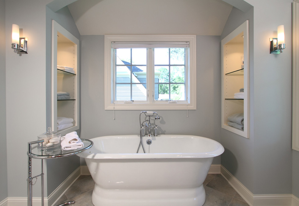 xT_4521_master bathroom bath.jpg