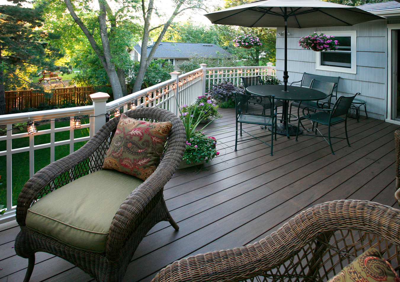 Rc_5510_Deck with Chaise.jpg
