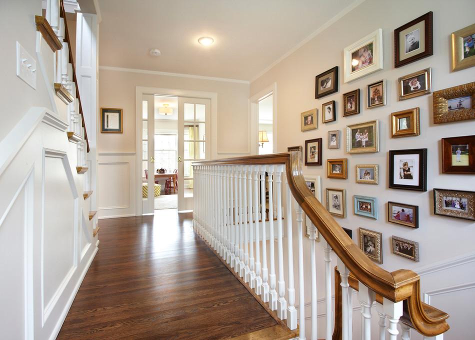 Rt_4606_hallway.jpg