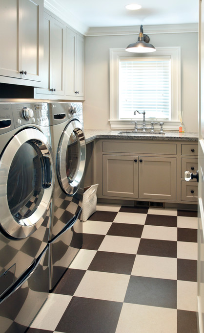N_4525_laundry.jpg
