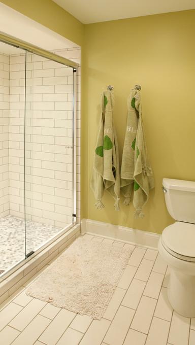 N_4525_lower bath.jpg