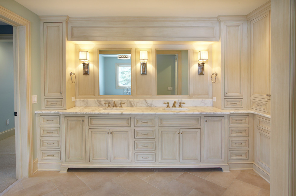 Rt_27280_Bath vanity.jpg
