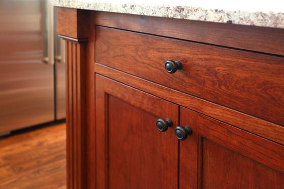 xT_4623_Cabinet Detail.jpg