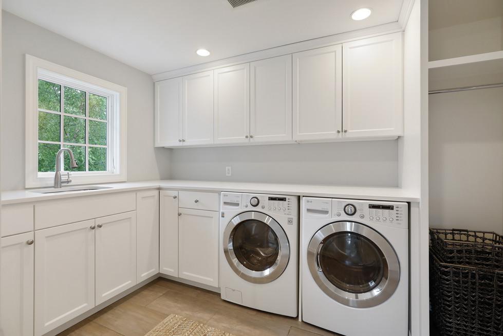 T_Highland_Laundry.jpg