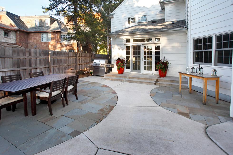 4504_patio and doors.jpg