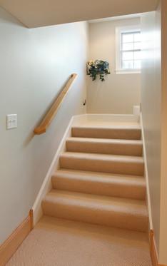 xT_4623_Lower Stairwell.jpg