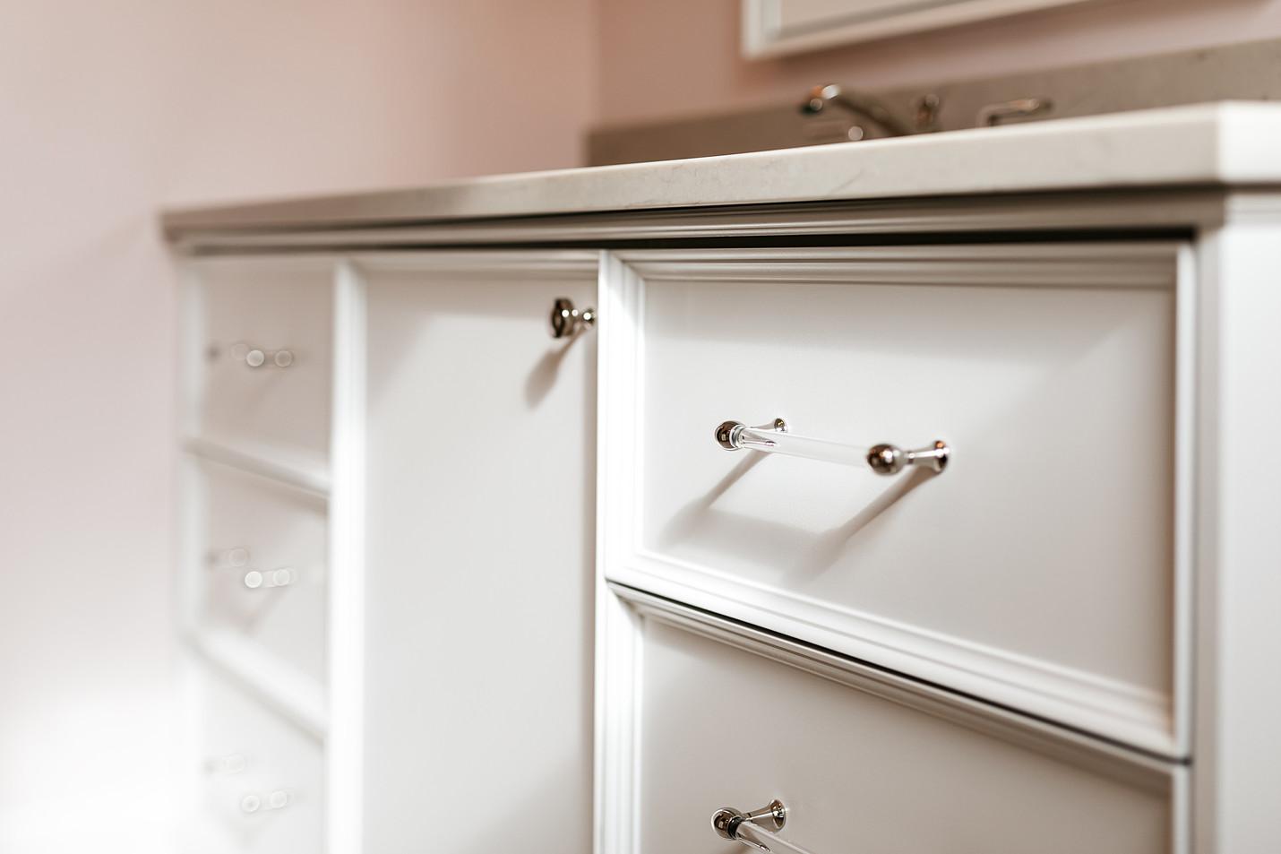 T_Waycliffe_drawer detail.jpg