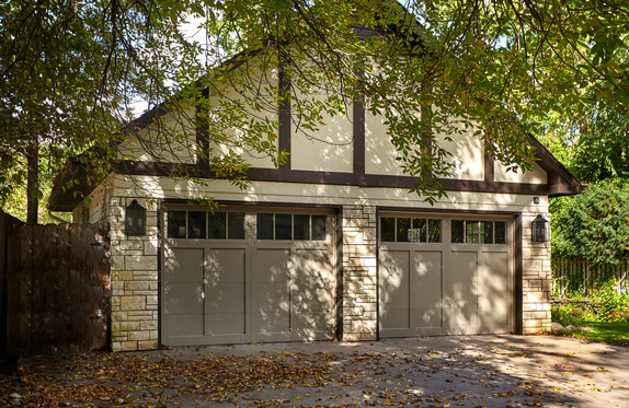 Rt_4600_garage front.jpg