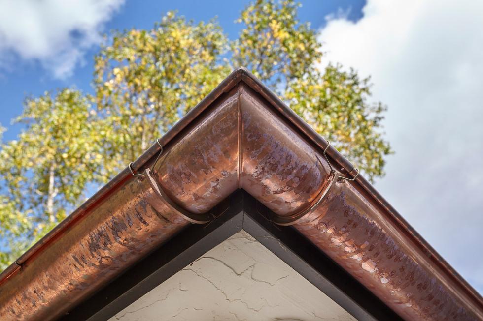 T_4632_copper gutter.jpg