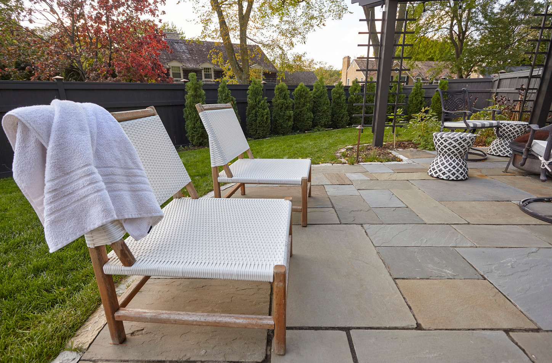 T_4632_patio chairs.jpg