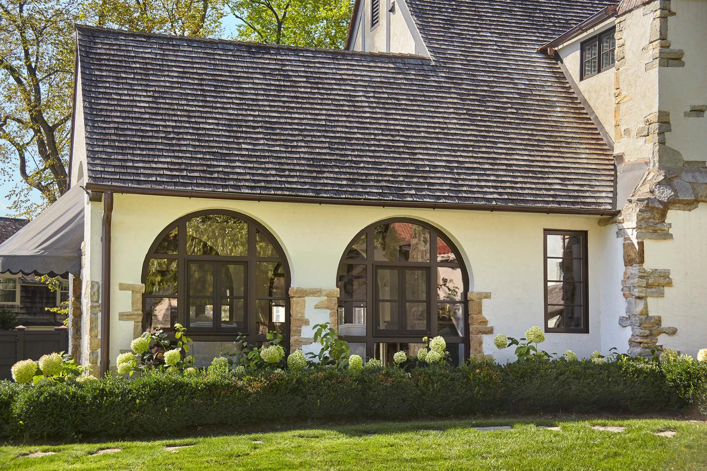 T_4632_porch windows.jpg