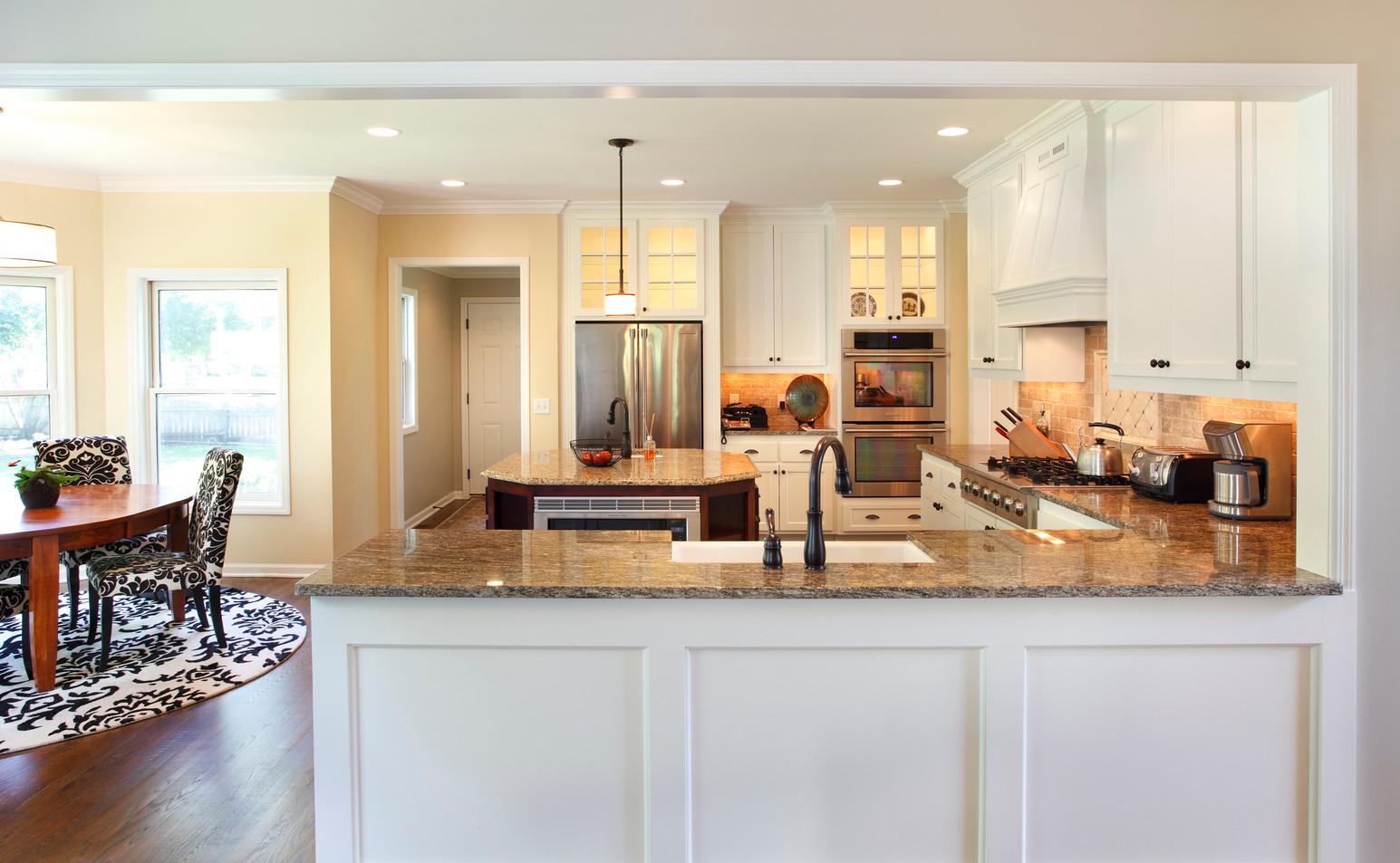 Rc_5721_Kitchen 2.jpg